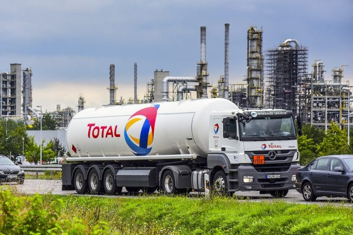 Total - grève - production industrielle - France